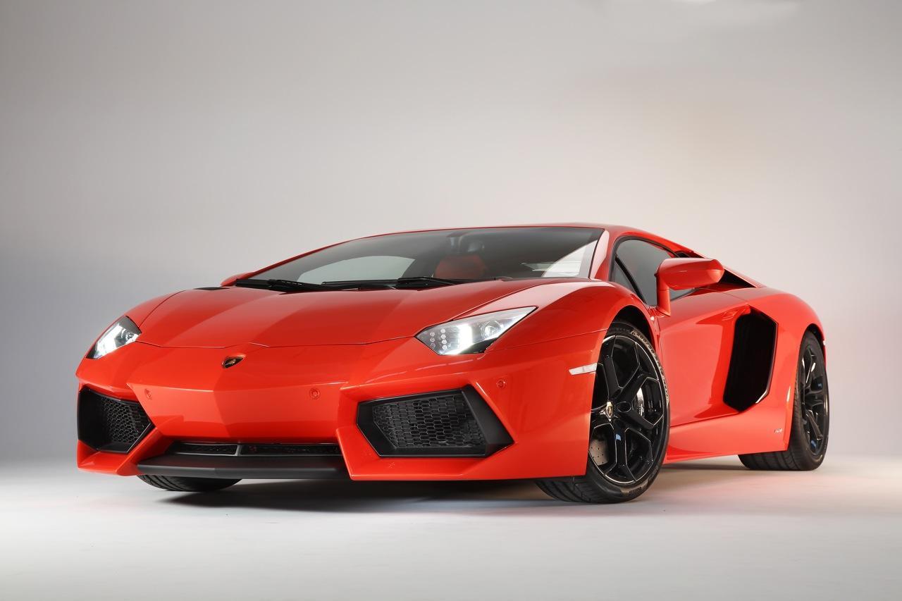 �������� ���������� ���������� - Lamborghini Aventador