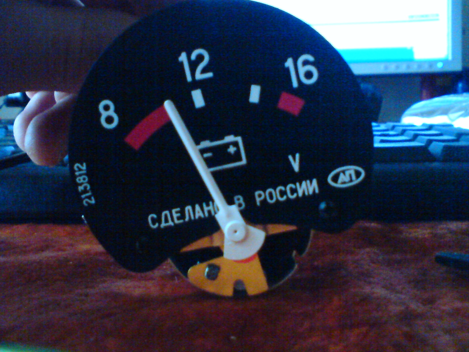 В данной статье, я расскажу Вам как установить вольтметр в автомобиль ВАЗ...  Дата: 2012-06-16 Автор: Евгений.