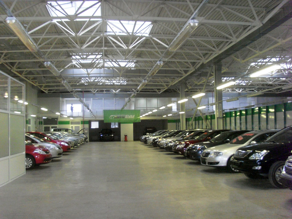 Как правильно выбрать авто в салоне