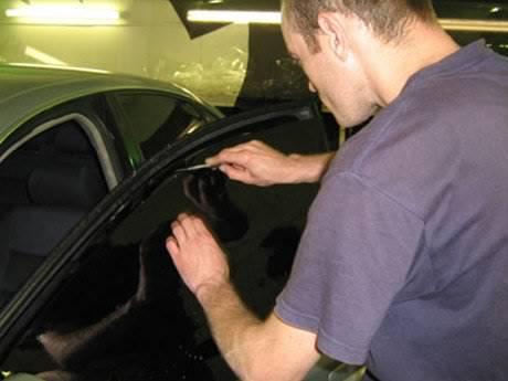 Снять тонировку с авто своими руками